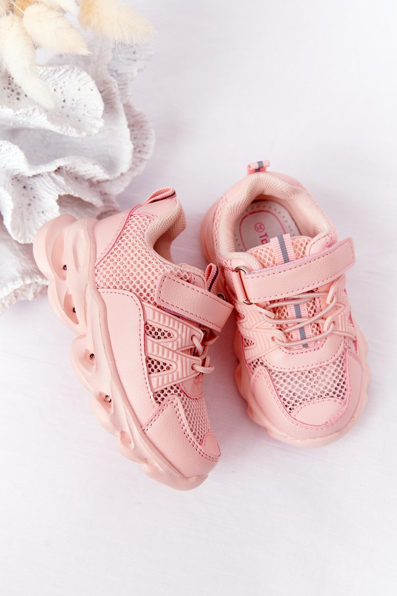 Children's Sneakers With A Flashing Sole LED Pink So Cool!