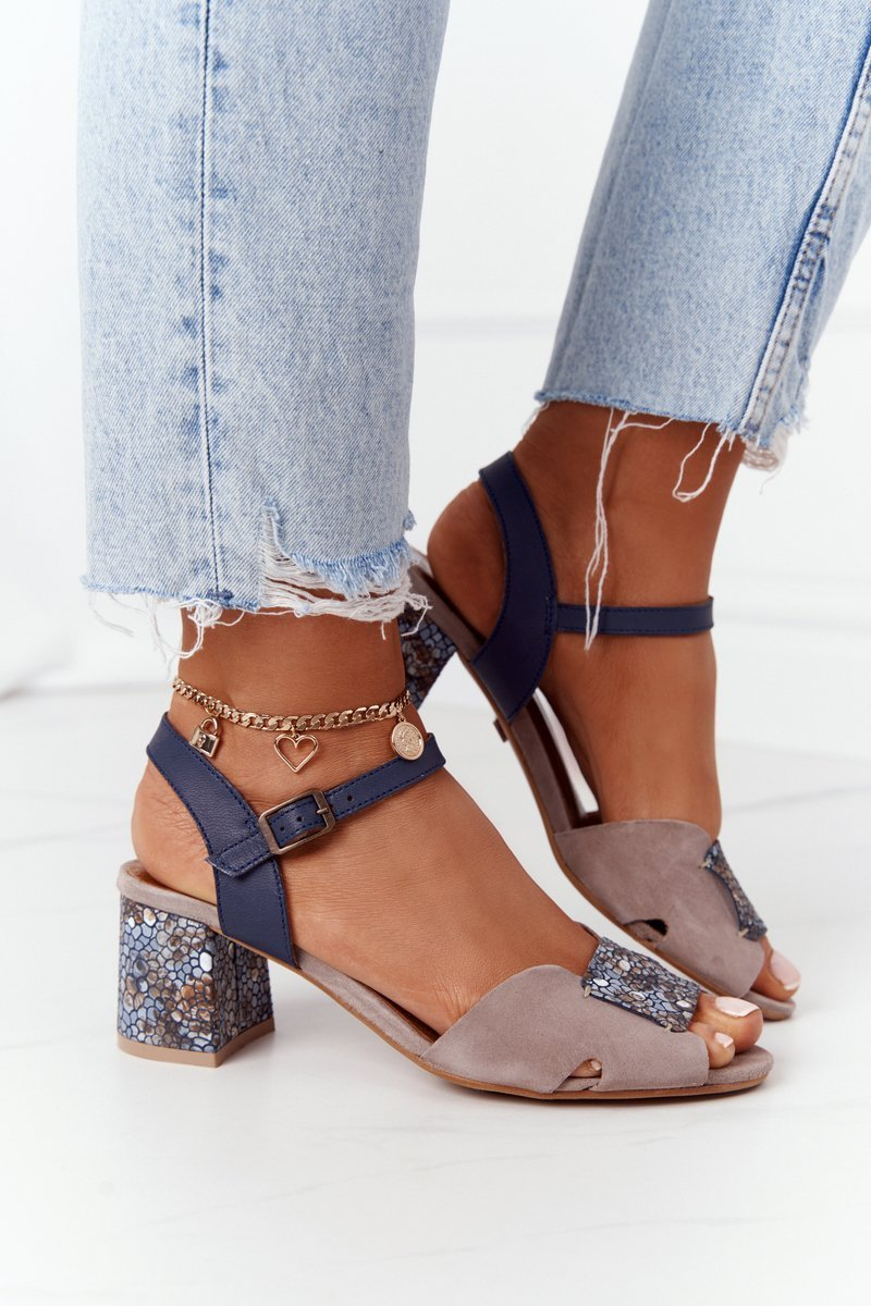 Leather Sandals On A Block Heel Maciejka 04120-43 Beige-Navy
