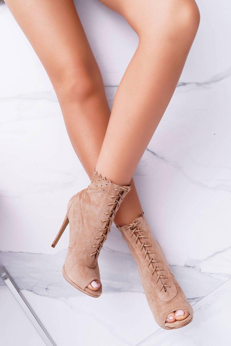 Lu Boo Laced Beige Booties Sandals On High Heels Natasha
