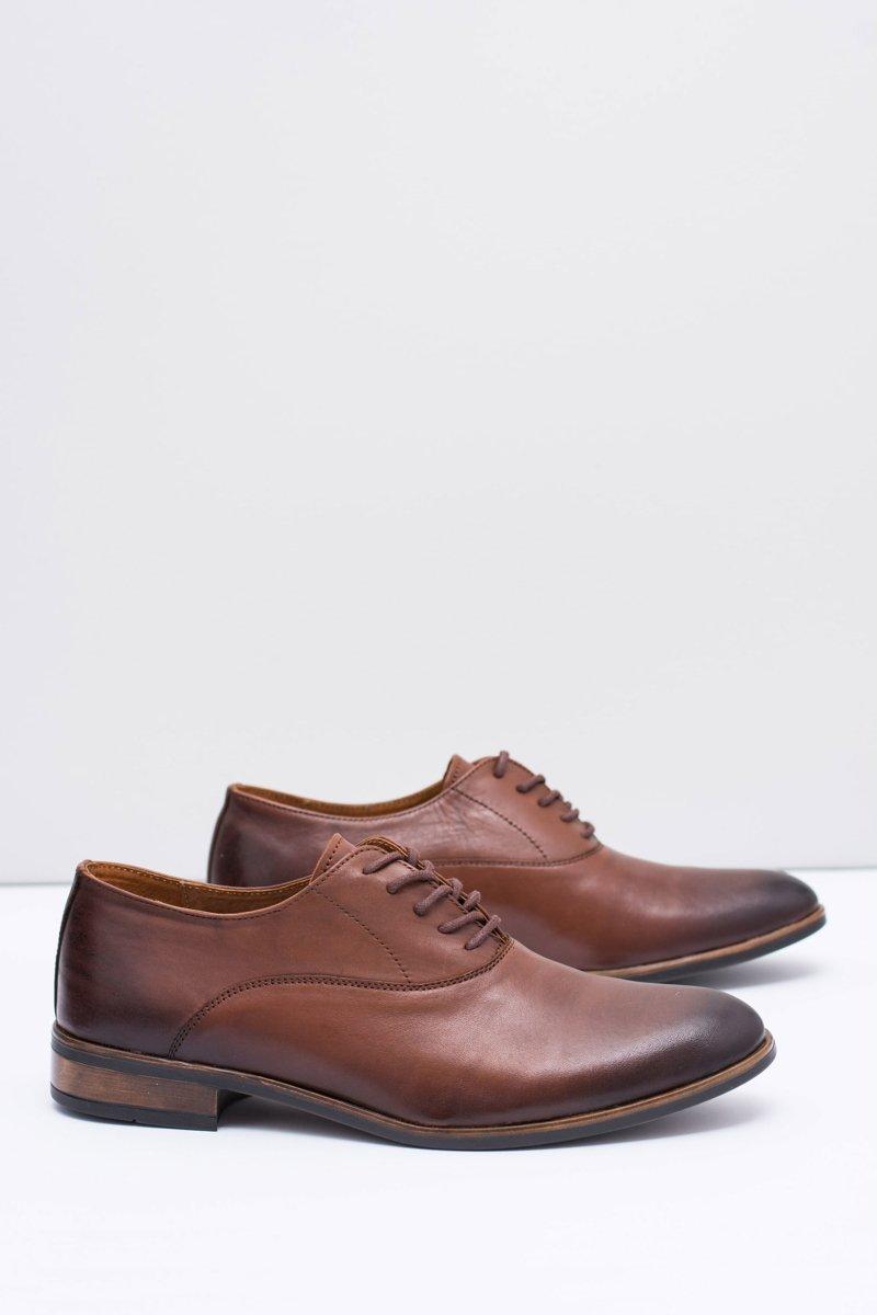 Men's Brogues Bednarek Elegant Leather Shoes Brown Clark