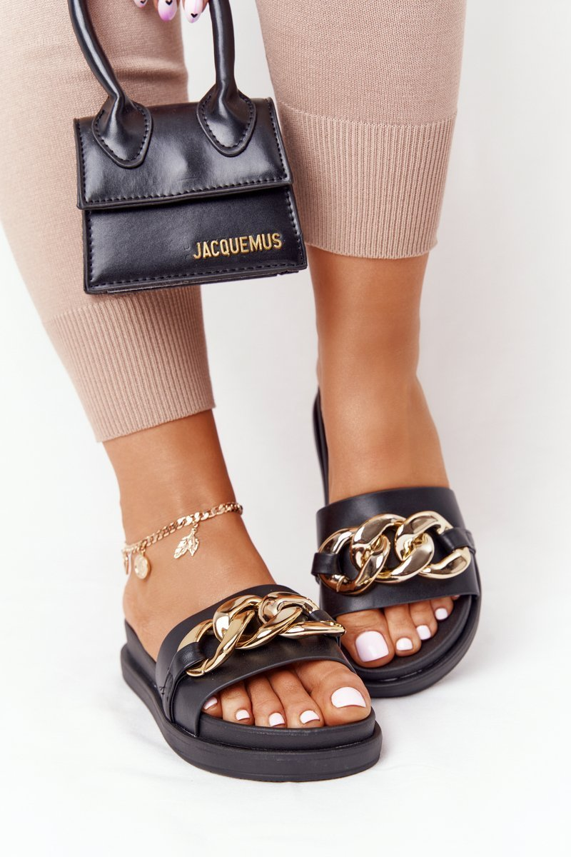 Slippers On The Platform With A Chain Black Vacation