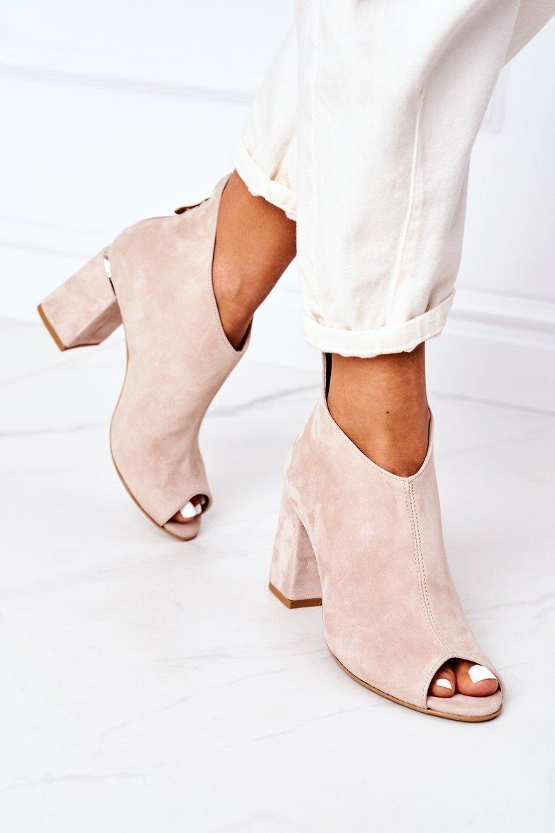 Suede Boots On A Block Heel Lewski Shoes 3044 Beige