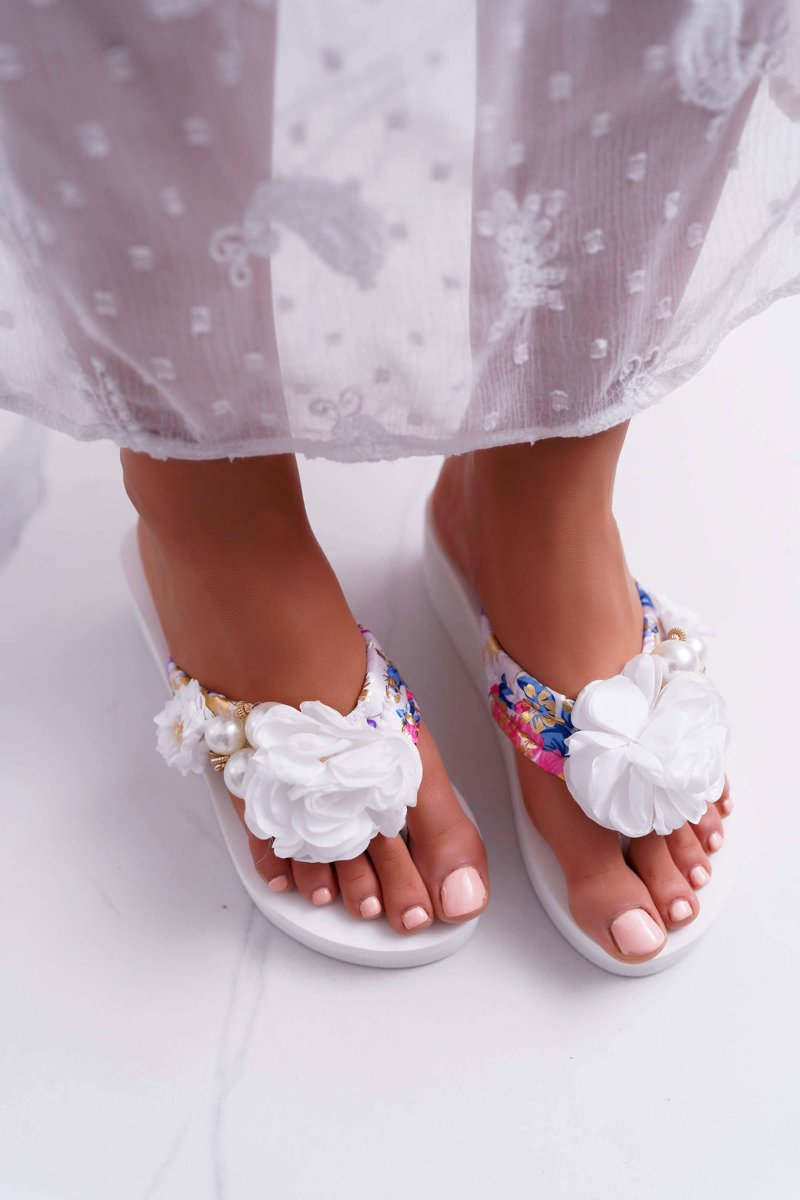 Women's Flip Flops With Flower White Sharme