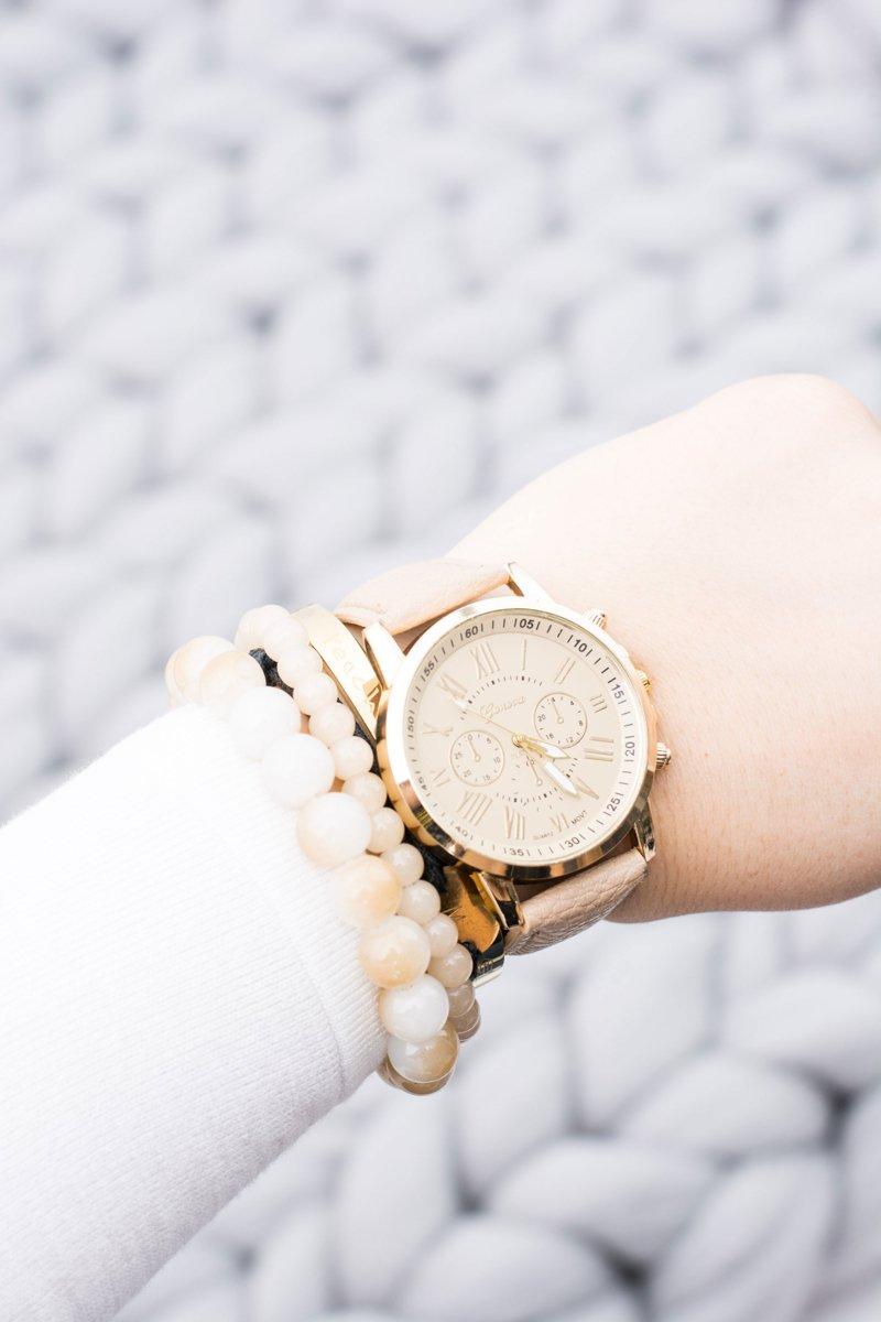 Women's Golden Stylish Watch Beige Strap