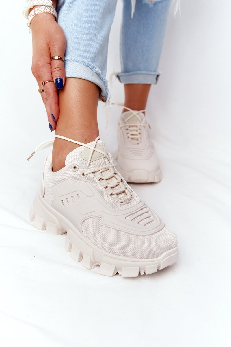 Women's Sneakers On A Chunky Sole Beige New York
